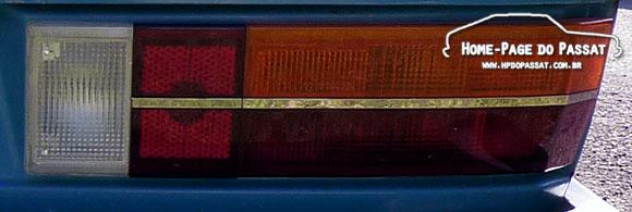 Lanterna tricolor com friso cromado - Passat 1983