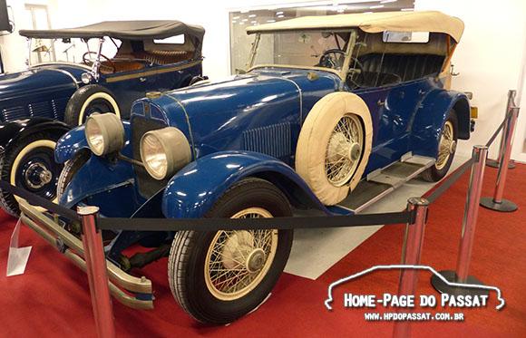 Du Pont 1926 - Village Classic Cars